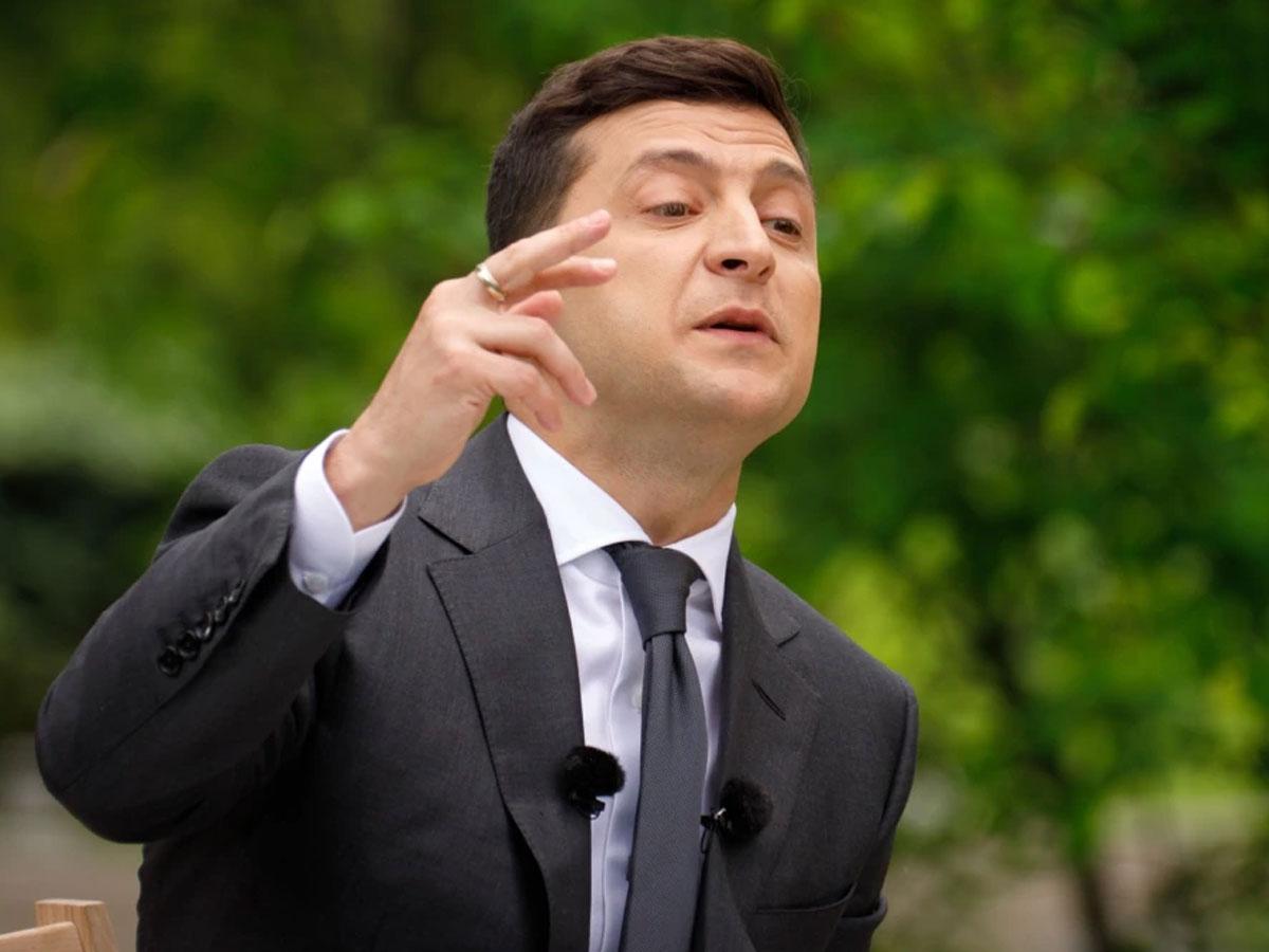 Нетепомидоры: страница отца Зеленского оказалась фейком, накоторую подписался сам президент Украины