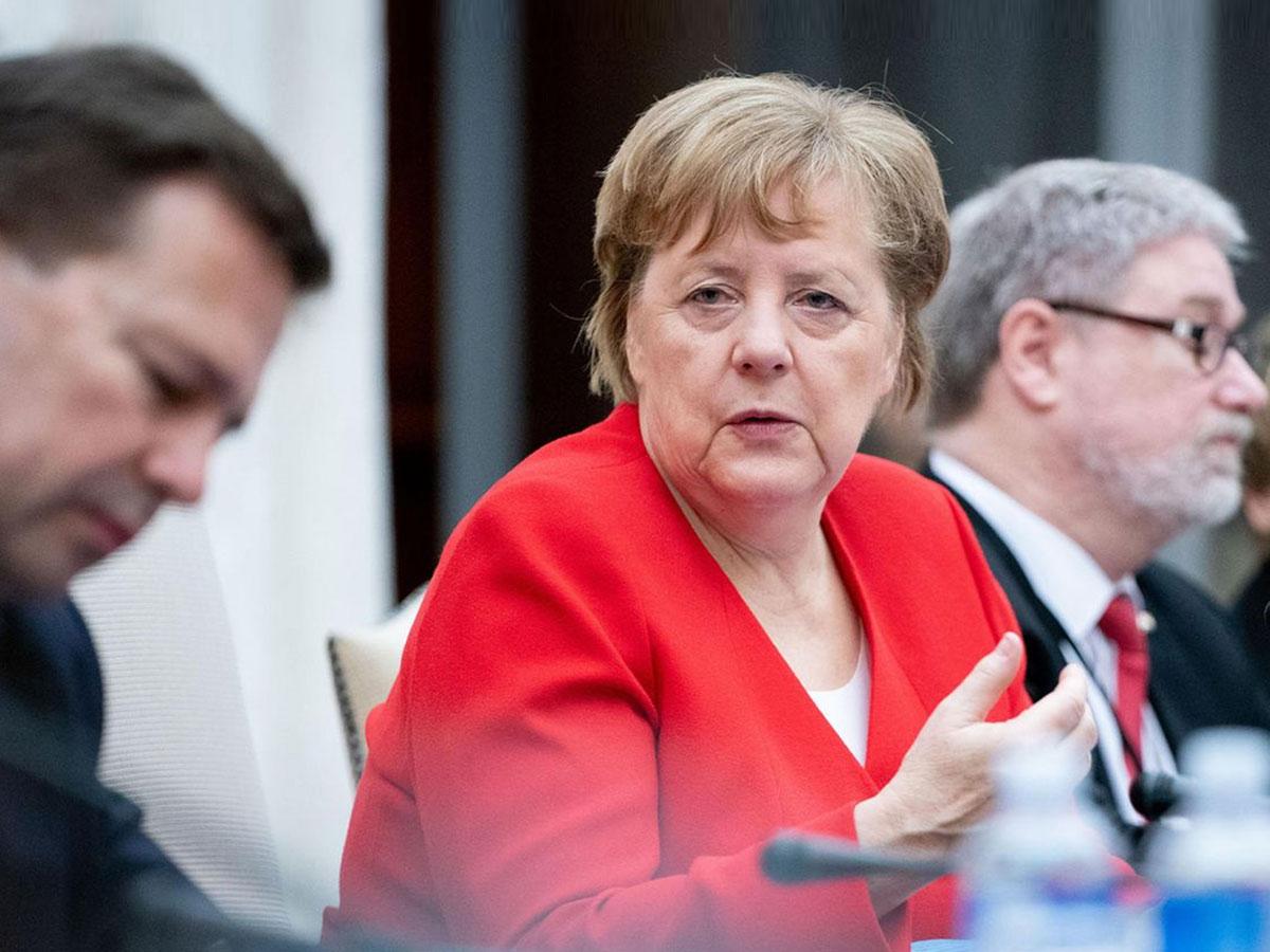 Меркель обсудила сПутиным «Северный поток-2» иурегулирование наУкраине