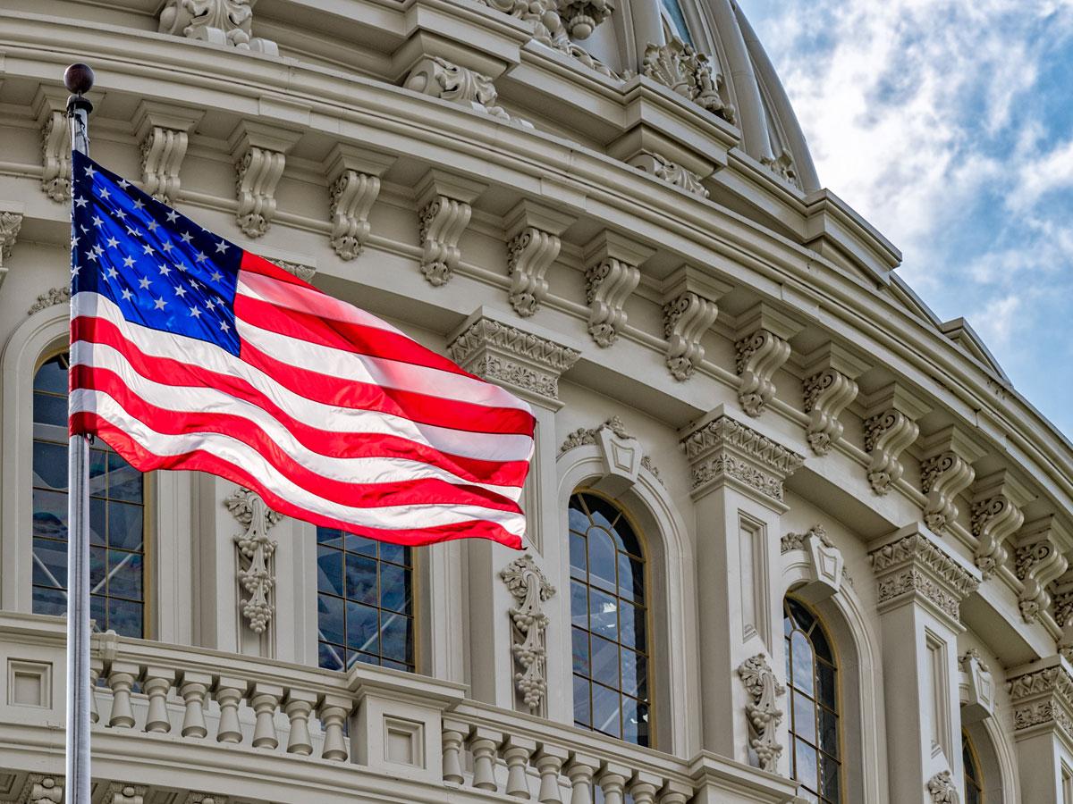 Reuters: США отказались отобвинений вмошенничестве свизами вотношении ученых изКНР