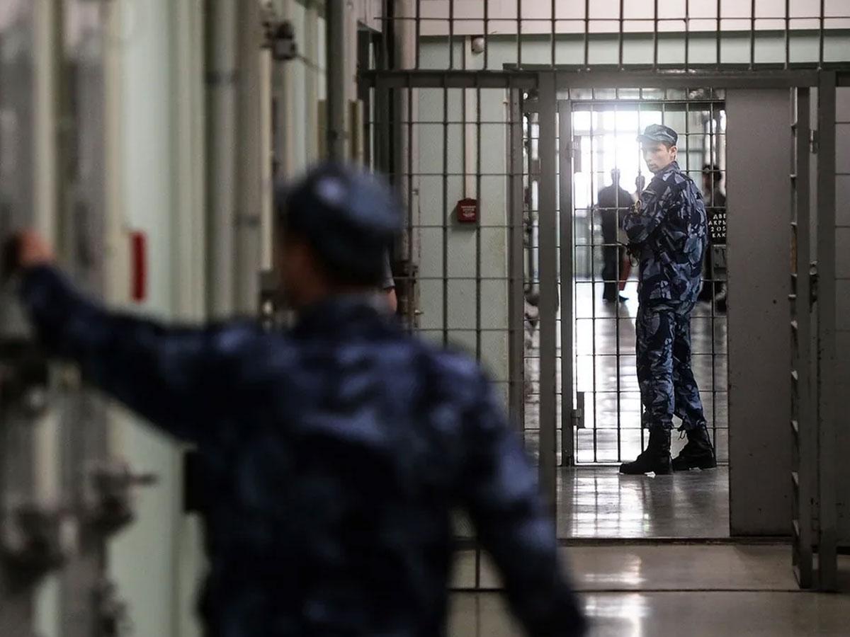 В Эквадоре неизвестные беспилотники разбомбили тюрьму