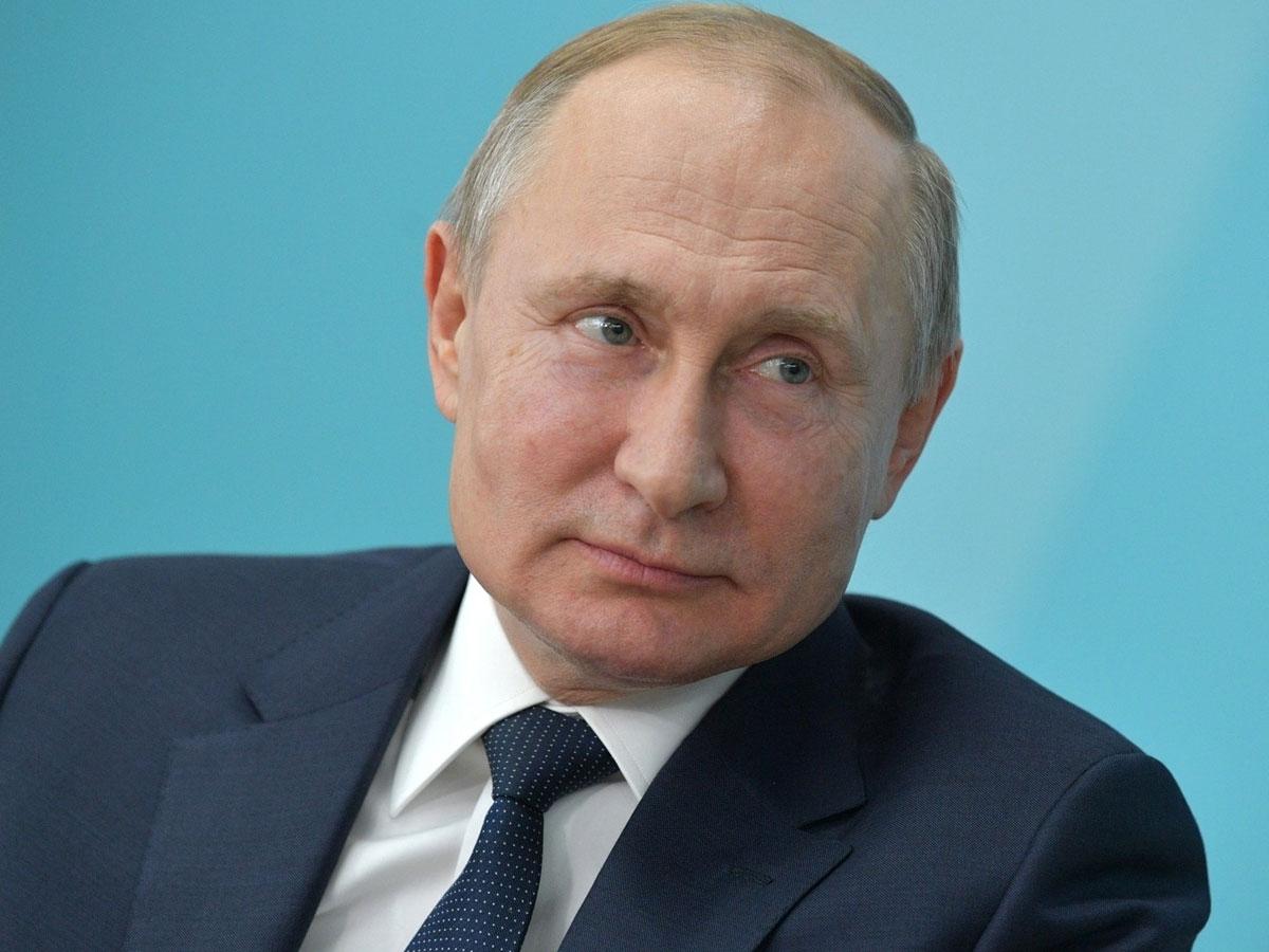 Польша намерена строить забор от Путина и Лукашенко