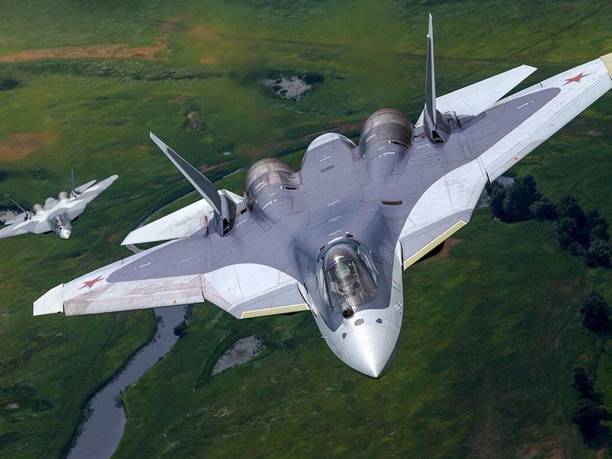 Презентация нового военного самолета «Сухого» наМАКС-2021. Видеотрансляция