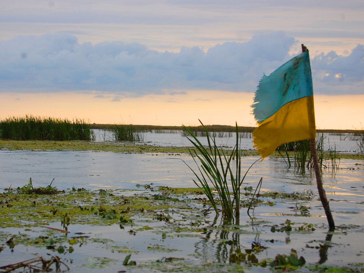 Украина решила отправить свой флаг на Луну