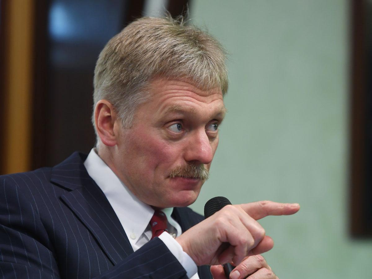 Песков переадресовал вопрос о драке чеченцев в Крыму Росгвардии и полиции