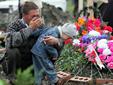 Сегодня, 1 сентября исполняется восемь лет со того дня, как группа террористов захватила школу номер 1 в городе Беслан в Северной Осетии.