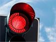 За переход на красный свет и унижение верующих у нас наказывают одинаково