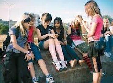 Ученые выяснили, почему подростки