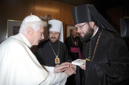 Митрополит Иларион встретился с римским папой