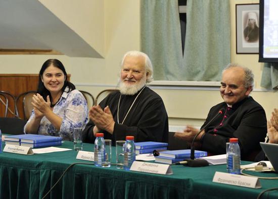 ПСТГУ издает Святых Отцов с помощью католиков
