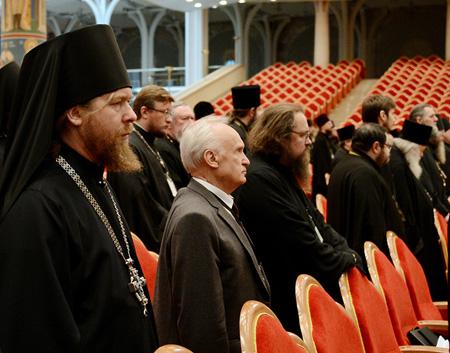 Обращение общественных организаций к Священноначалию по поводу Проекта документа Церкви о глобализации (продолжение)