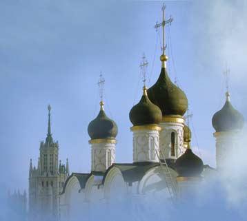 В многомиллионной столице всего 383 действующих храма