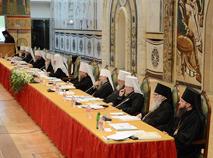 Архиерейский Собор отобрал власть у мирян