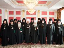 Митрополит Иларион наставляет архиереев