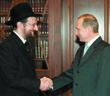 Нынешняя российская власть сделала для евреев столько, сколько никто никогда не делал на протяжении 300 лет, заявил главный раввин РФ (по версии ФЕОР) Берл Лазар