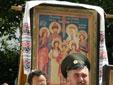В настоящем 2013 году исполняется 400 лет Династии Романовых. Выполним, по мере возможностей, наш христианский долг и примем посильное участие в проведении семи Крестных ходов