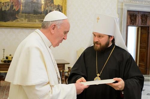 Митрополит Иларион встретился с новым римским папой