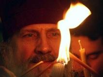 Армяне распространяют ложь о благодатном огне