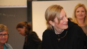 Министр детей г-жа Тхурдкильдсен